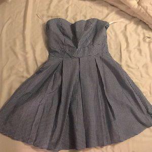 NWT Lauren James dress